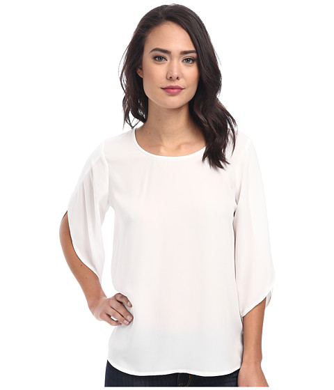 Vince Camuto - Tulip Sleeve Crewneck Blouse (New Ivory) Women's Blouse