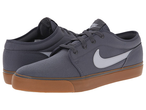 Nike - Toki Textile - Low (Dark Grey/Gum Medium Brown/Wolf Grey) Men's Shoes