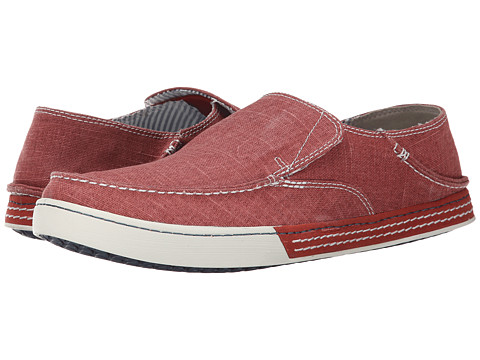 Clarks - Slaten Free (Red Canvas) Men's Slip on Shoes