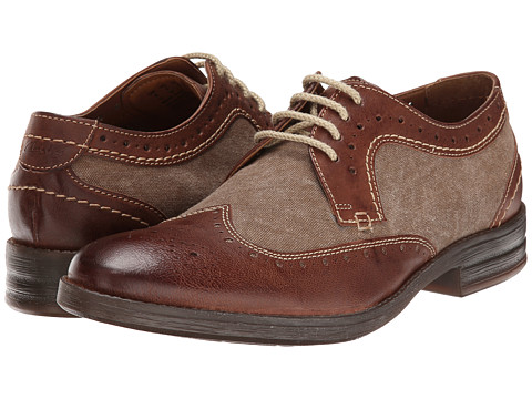 Clarks - Delsin Wing (Brown Combi Leather) Men's Lace Up Wing Tip Shoes