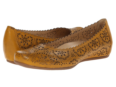 Earth - Bindi Earthies (Golden Oak Full Grain Leather) Women's Flat Shoes