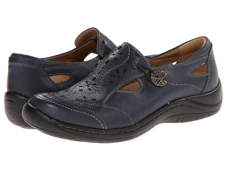 Earth - Woodland (Navy Full Grain Leather) Women's Slip on Shoes