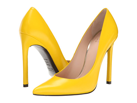 Stuart Weitzman - Queen (Yellow Nappa) High Heels
