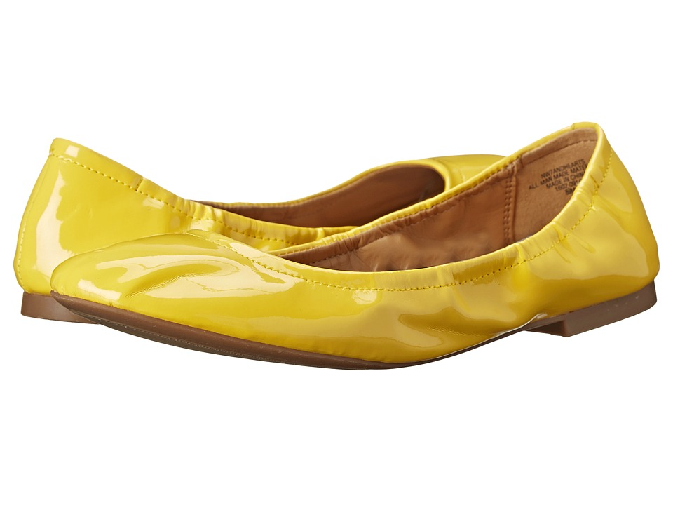 Nine West - Andhearts (Yellow Synthetic) Women