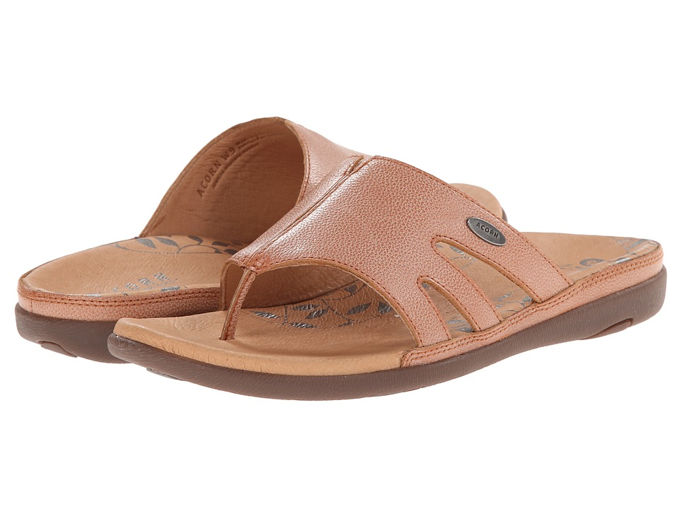 Acorn - Prima Cutaway Thong (Clay) Women's Shoes