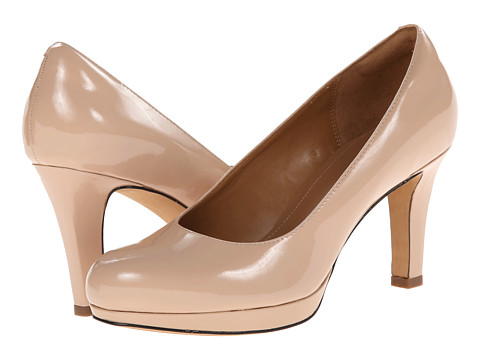 Clarks - Delsie Bliss (Nude Patent Leather) Women