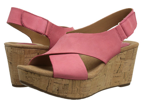 Clarks - Caslynn Shae (Coral Nubuck) Women's Wedge Shoes