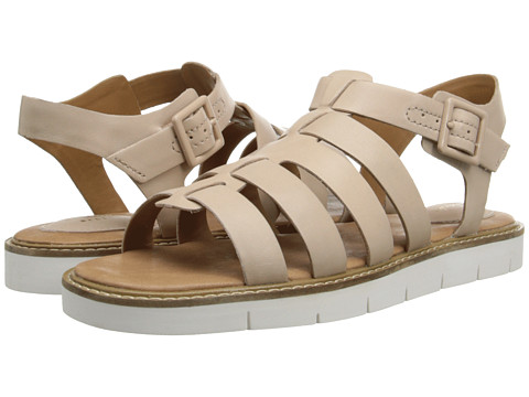 Clarks - Lydie Kona (Nude Leather) Women's Sandals
