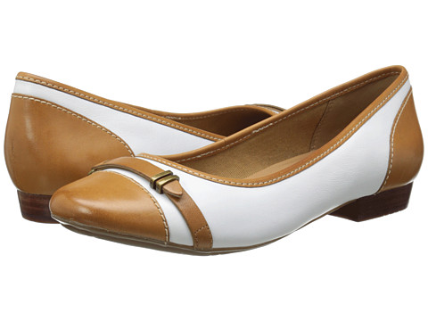 Clarks - Lockney Bird (White Leather) Women's Flat Shoes