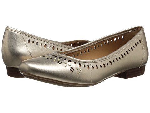 Clarks - Lockney Hot (Gold Leather) Women's Flat Shoes