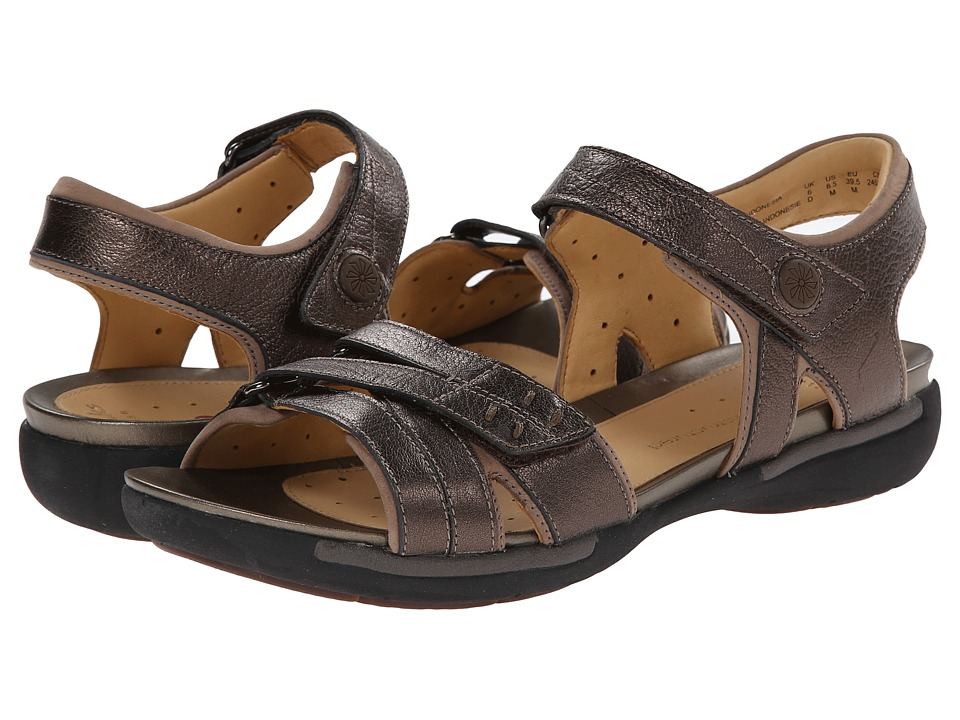 Clarks - Un Vasha (Bronze Leather) Women's Sandals