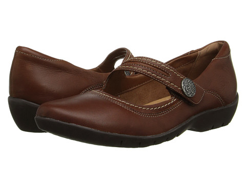 Clarks - Ordell Becca (Tan Leather) Women's Flat Shoes