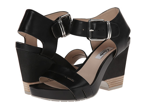 Clarks - Rosalie Pose (Black Leather) Women's Wedge Shoes