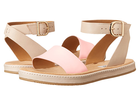 Clarks - Romantic Moon (Pink Combi) Women's Sandals