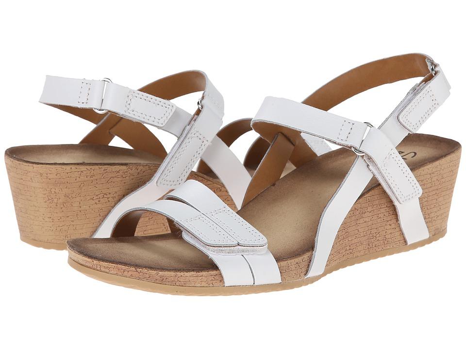 Clarks - Alto Gull (White Leather) Women
