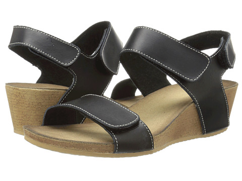 Clarks - Alto Madi (Black Leather) Women's Sandals