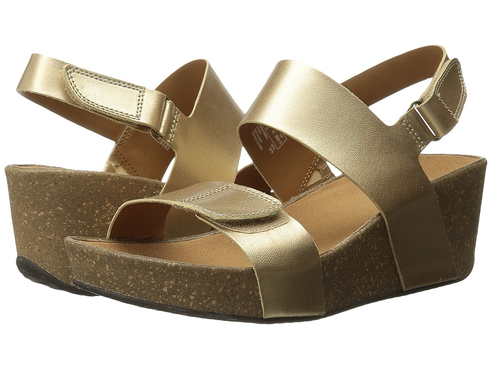 Clarks - Auriel Fin (Gold Leather) Women's Sandals