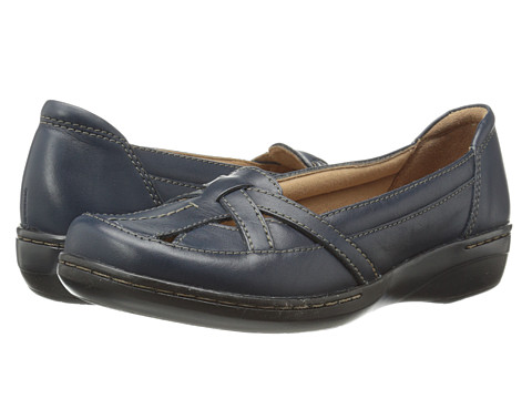 Clarks - Evianna Prim (Navy Leather) Women's Flat Shoes