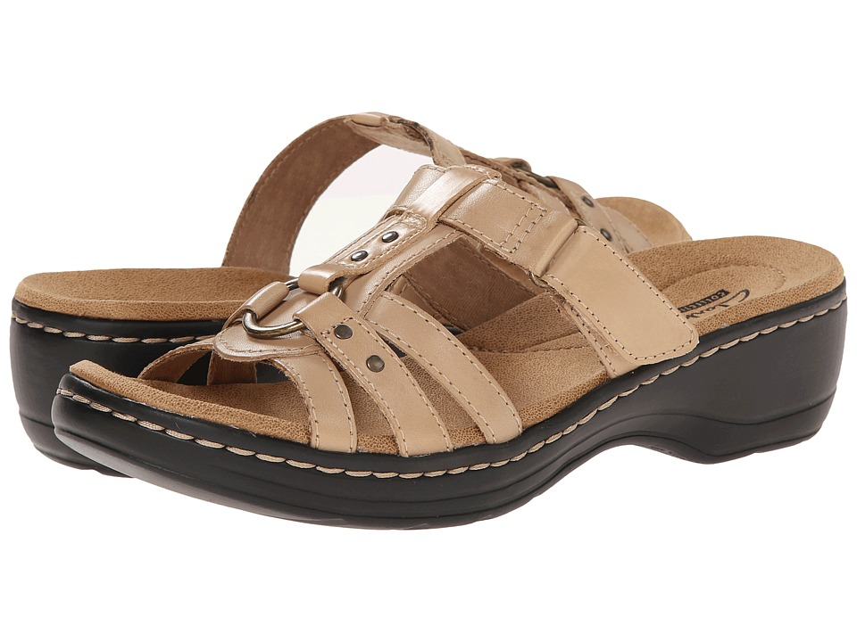 Clarks - Hayla Theme (Nude Leather) Women's Sandals