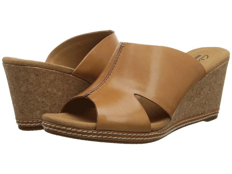 Clarks - Helio Island (Tan Leather) Women's Wedge Shoes
