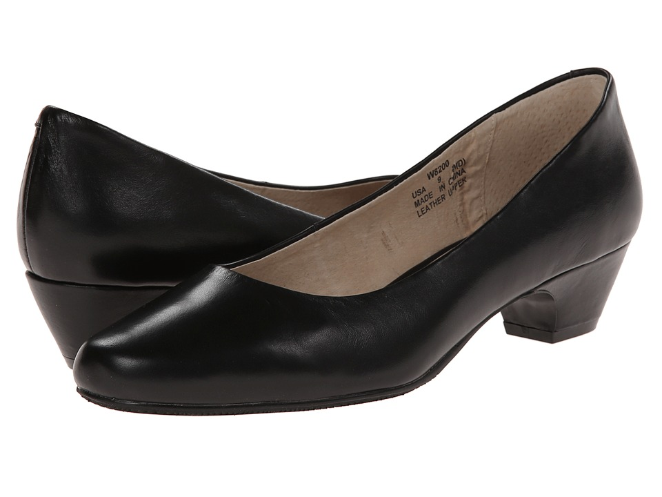 Propet - Taxi (Black) Women's Flat Shoes
