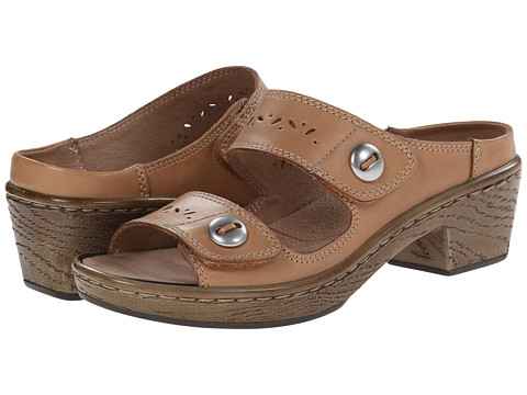 Klogs - Journey (Camel) Women's Sandals