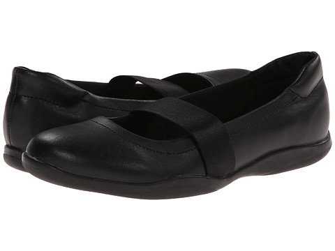 SKECHERS - So Chic (Black) Women's Shoes