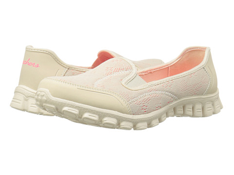 SKECHERS - This Kiss (Natural) Women