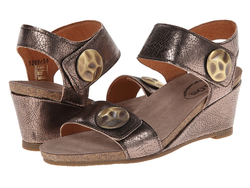 taos Footwear - Pyramid (Bronze) Women's Wedge Shoes