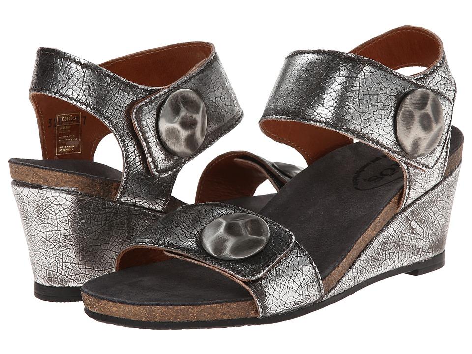 taos Footwear - Pyramid (Pewter) Women's Wedge Shoes