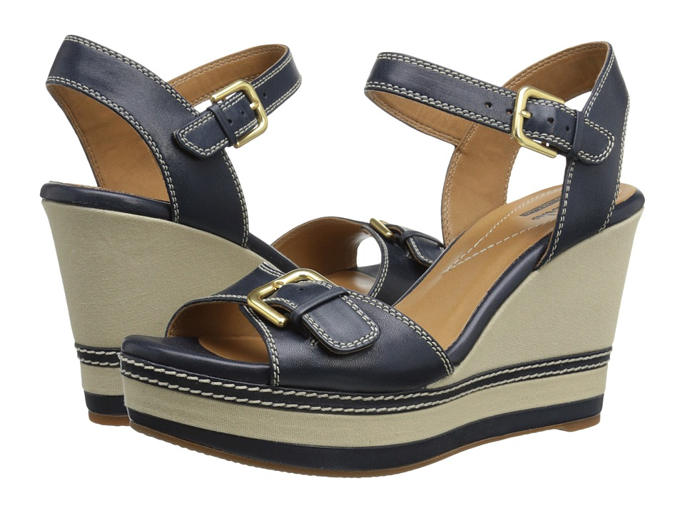 Clarks - Zia Castle (Navy) Women's Shoes