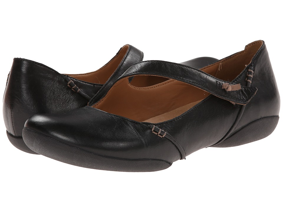 Clarks - Felicia Plum (Black Leather) Women's Shoes