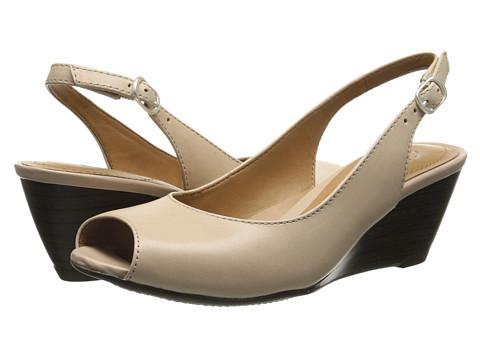 Clarks - Brielle April (Nude) Women's Shoes