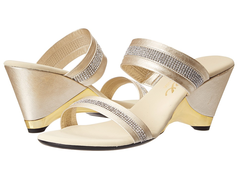 Onex - Stunning (Platinum) Women's Wedge Shoes