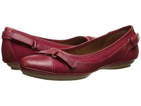 EuroSoft - Sadie (Red/Red) Women's Shoes
