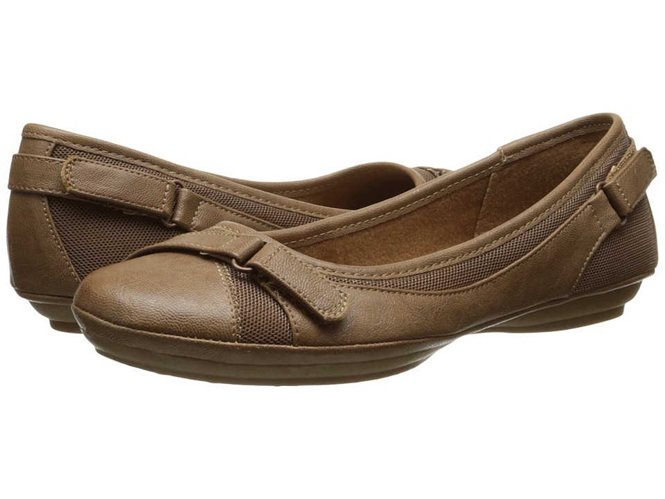 EuroSoft - Sadie (Tan/Tan) Women's Shoes