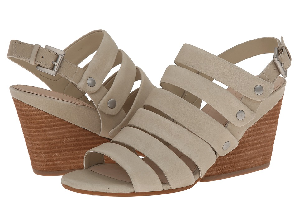 Naya Lassie (Light Taupe Leather) Women