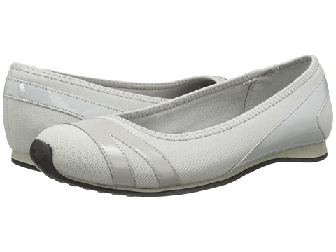 LifeStride - Fast (Light Grey) Women's Slip on Shoes