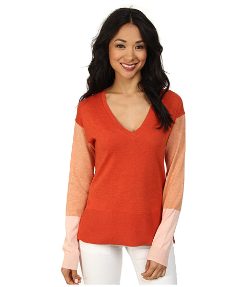 Lacoste - Long Sleeve Color Block V-Neck Sweater (Fall Chine/Trianon Pink/Chine/Pumpkin Chine/Litchi Chine) Women