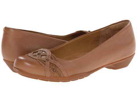 Softspots - Piccola (Twine Tan Calf Ionic/Tejus Emboss) Women's 1-2 inch heel Shoes