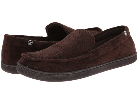 ISOTONER Signature - Microsuede Perf Moccasin (Brown) Men's Slippers