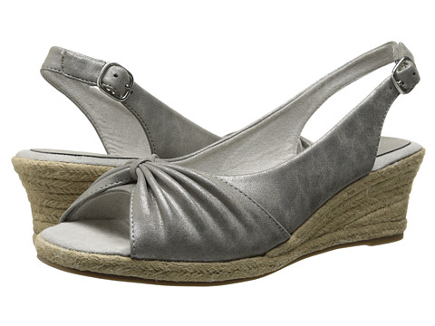 Easy Street - Keen II (Pewter Metallic) Women's Shoes