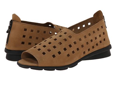 Arche - Drick (Fauve) Women's Shoes