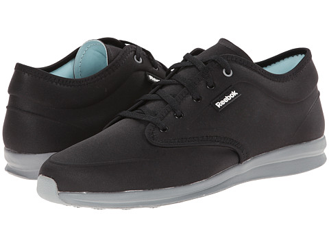 Reebok - Skyscape Chase (Black/Flat Grey) Women