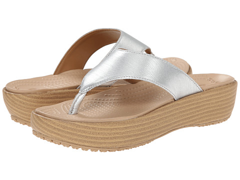 Crocs - A-Leigh Brushed Metallic Flip (Sliver) Women's Sandals