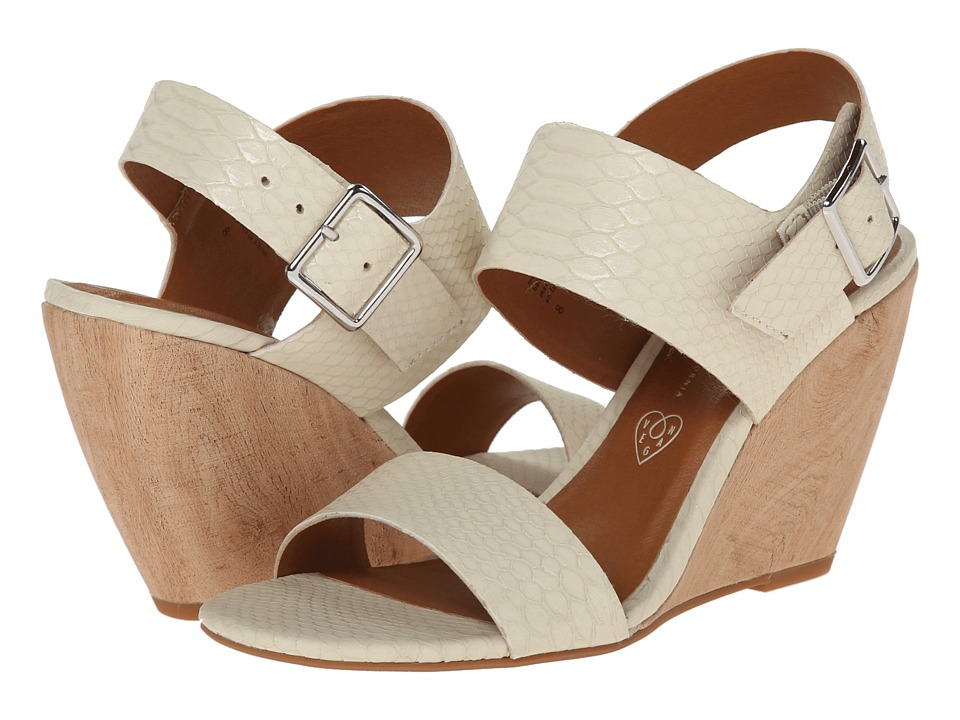 BC Footwear - Retriever (Off White) Women's Wedge Shoes