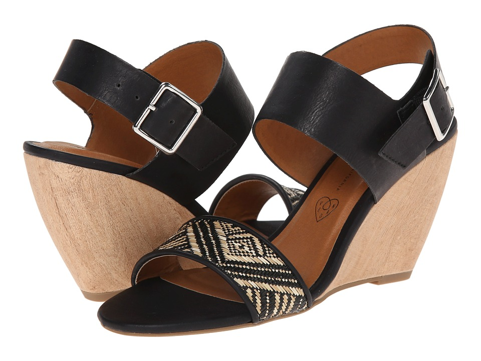 BC Footwear - Retriever (Black/Black Woven) Women's Wedge Shoes