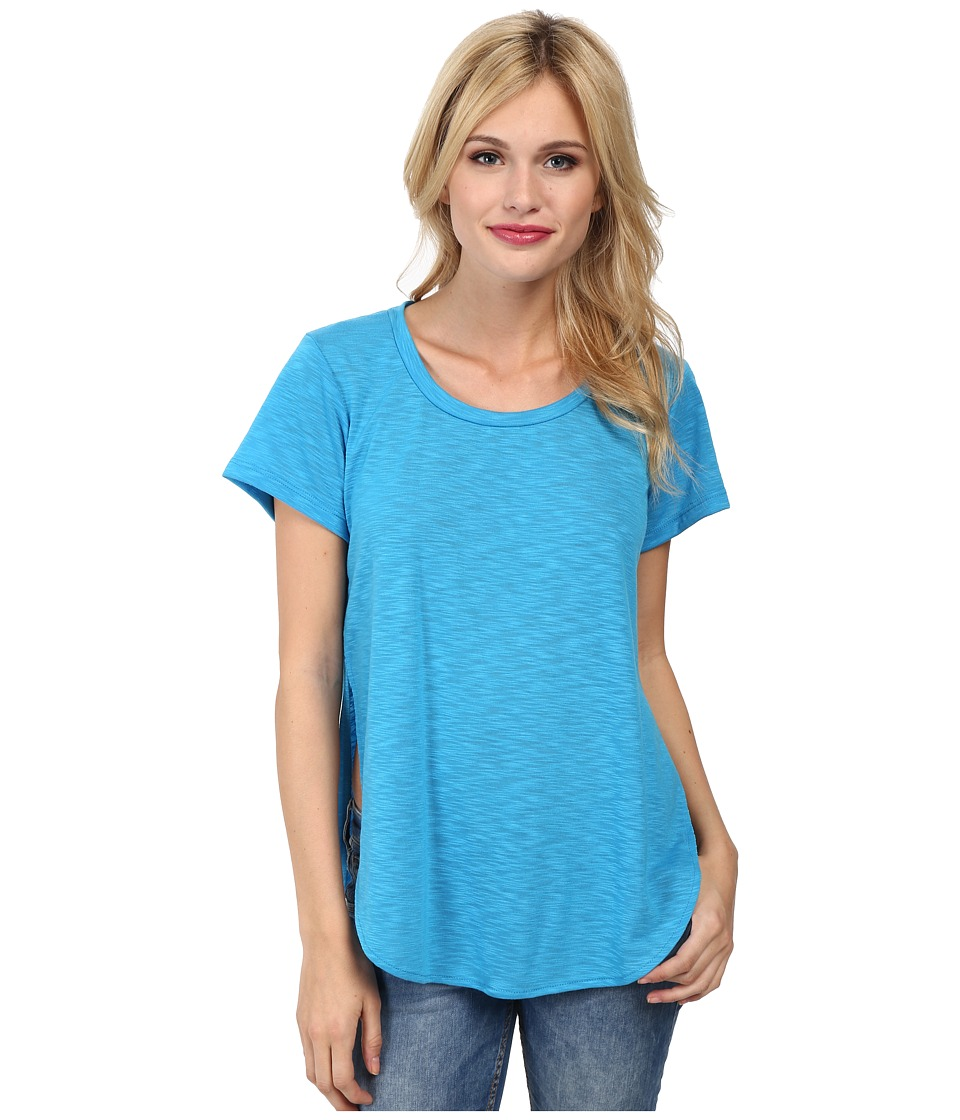 LNA - Curved Crew (Turquoise) Women's Clothing