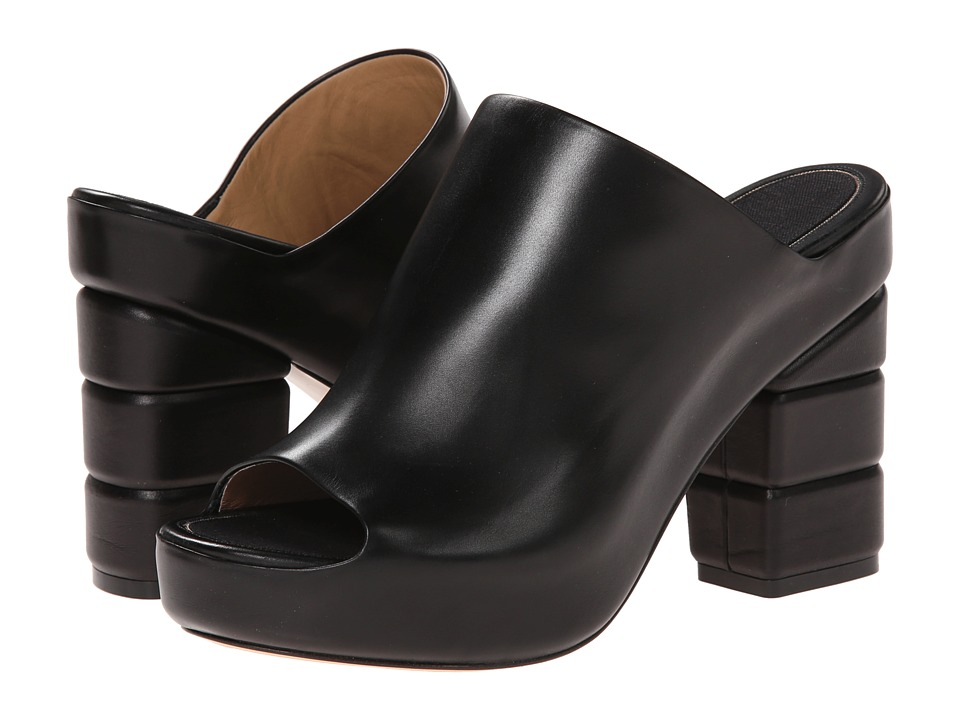 Salvatore Ferragamo Maiella (Nero Calf) Women