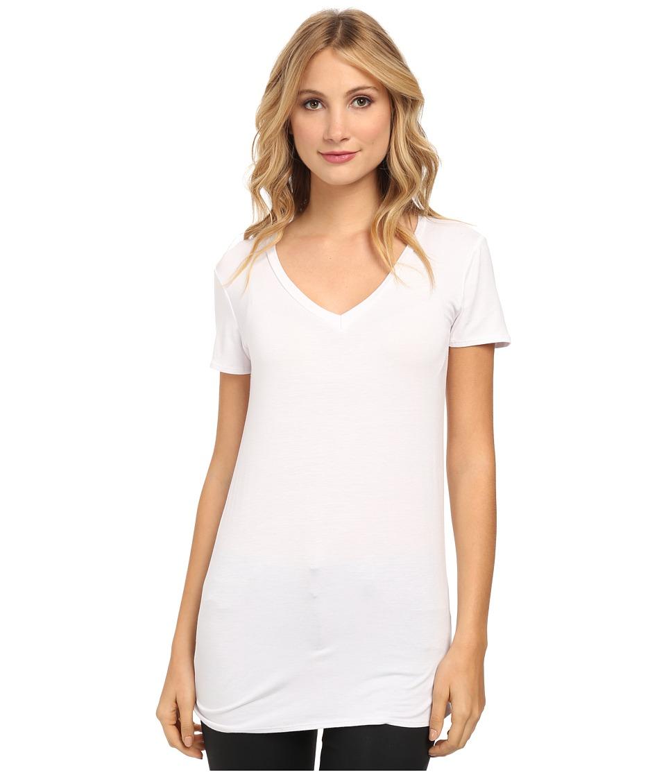 Culture Phit - Mitzi V-Neck Top (White) Women's Short Sleeve Pullover
